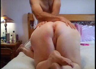 Huge white ass anal